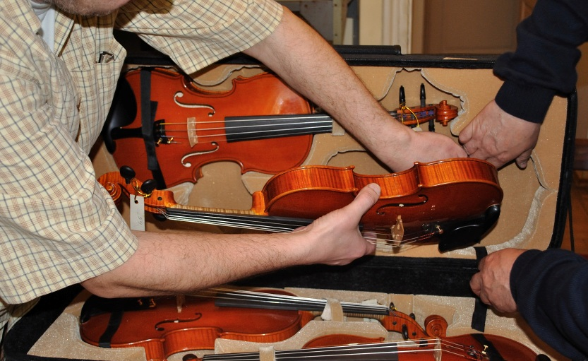 Information on Delivery and Collection of Instruments to the Competition Office - 13th International H. Wieniawski Violin Making Competition (2016)