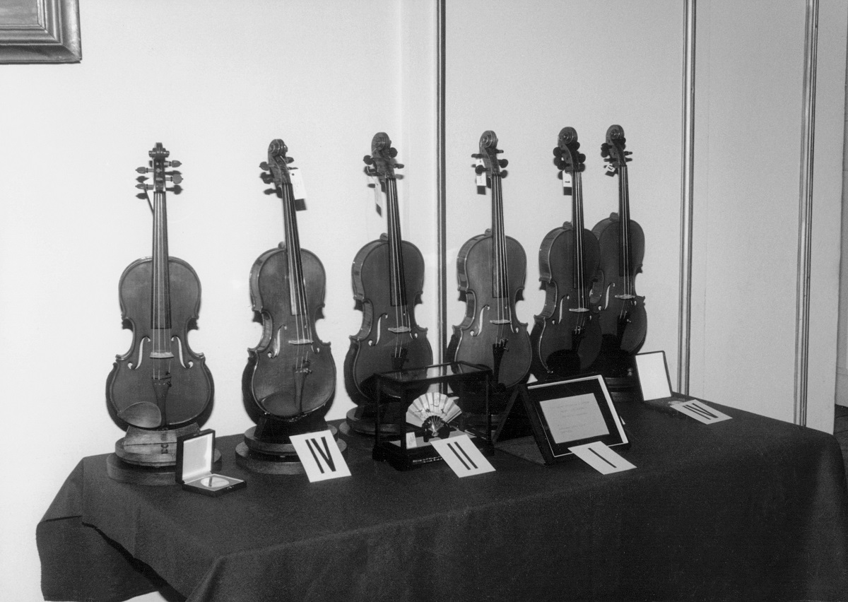 Best instruments of the Competition.