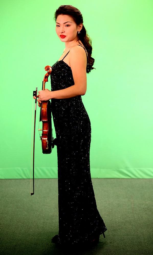Zufina Bekmoldinova (Kazachstan)