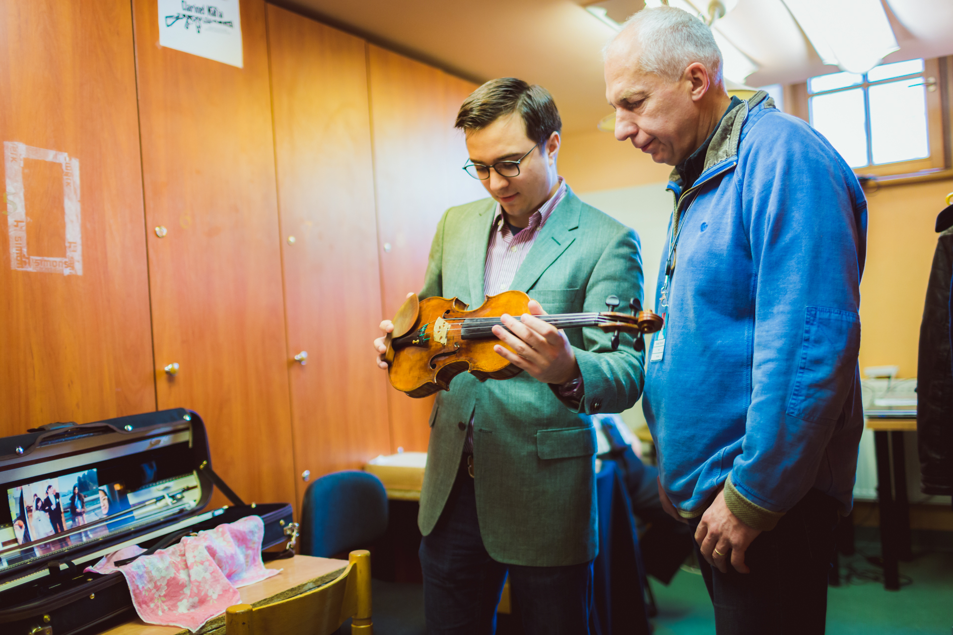 RR Studio. Stepan Lavrov (Rosja), Benedykt Niewczyk - lutnik konkursowy.