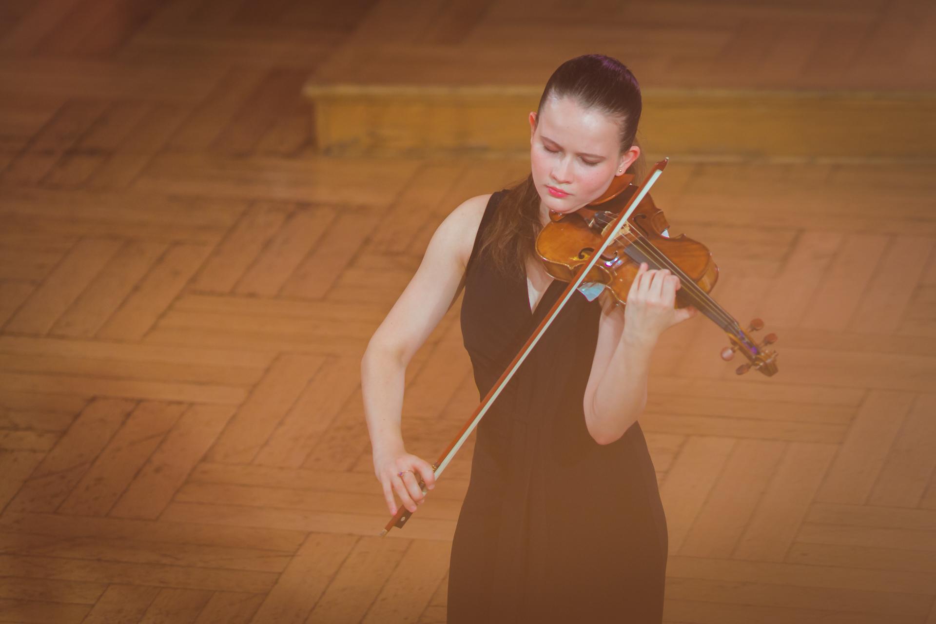 Maria Kouznetsova (Rosja/Francja) - Etap 1 - 15. Międzynarodowy Konkurs Skrzypcowy im. H. Wieniawskiego BINAURAL | na słuchawki