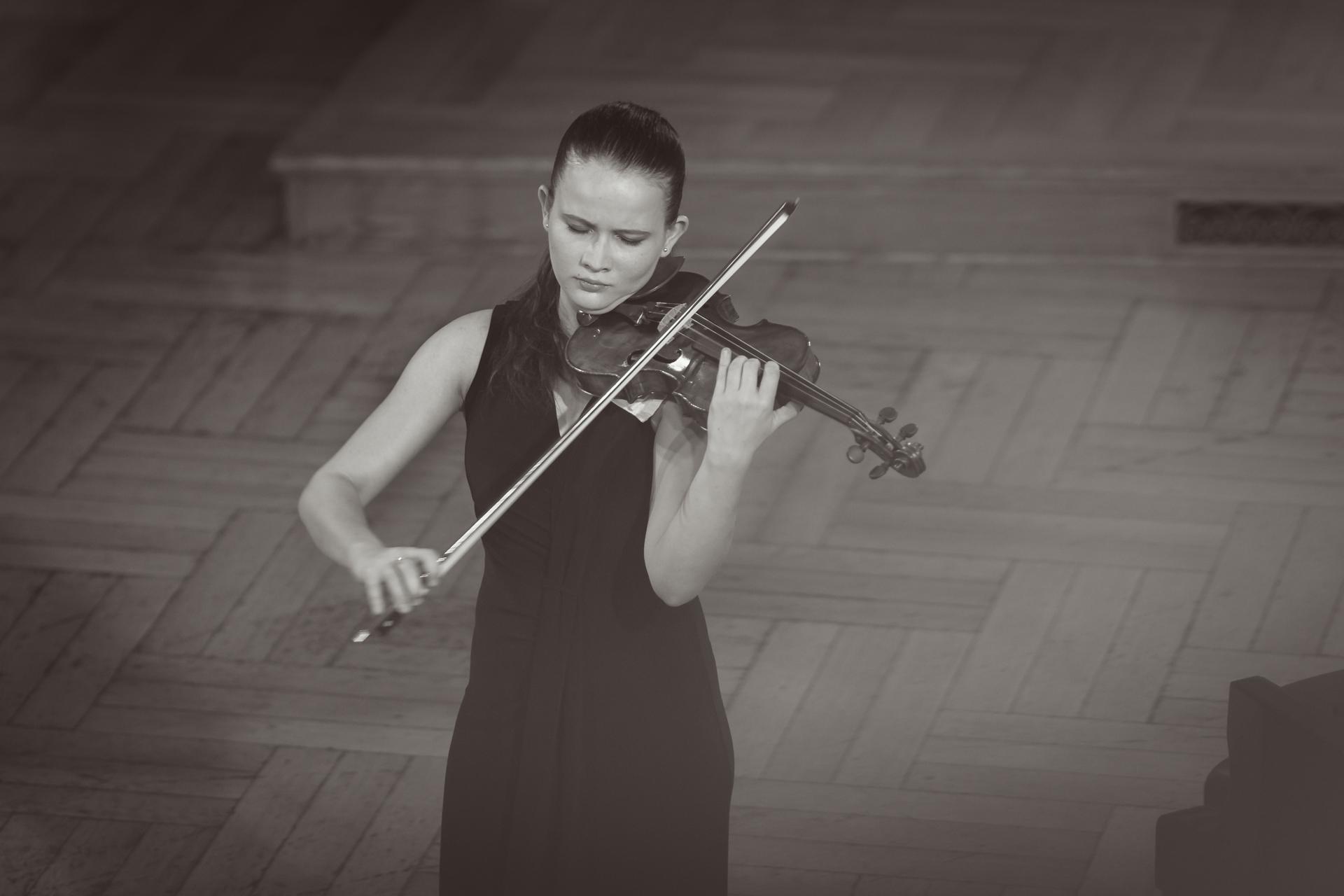 Maria Kouznetsova (Rosja/Francja) - Etap 2 - 15. Międzynarodowy Konkurs Skrzypcowy im. H. Wieniawskiego BINAURAL | na słuchawki