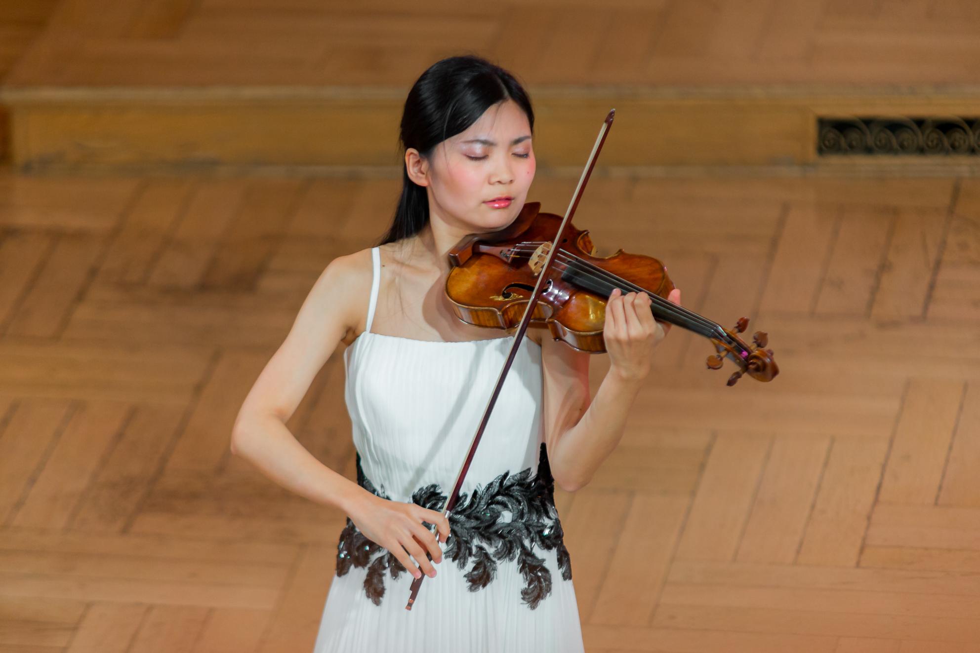 Yuna Toki (Japonia) - Etap 2 - 15. Międzynarodowy Konkurs Skrzypcowy im. H. Wieniawskiego BINAURAL   na słuchawki