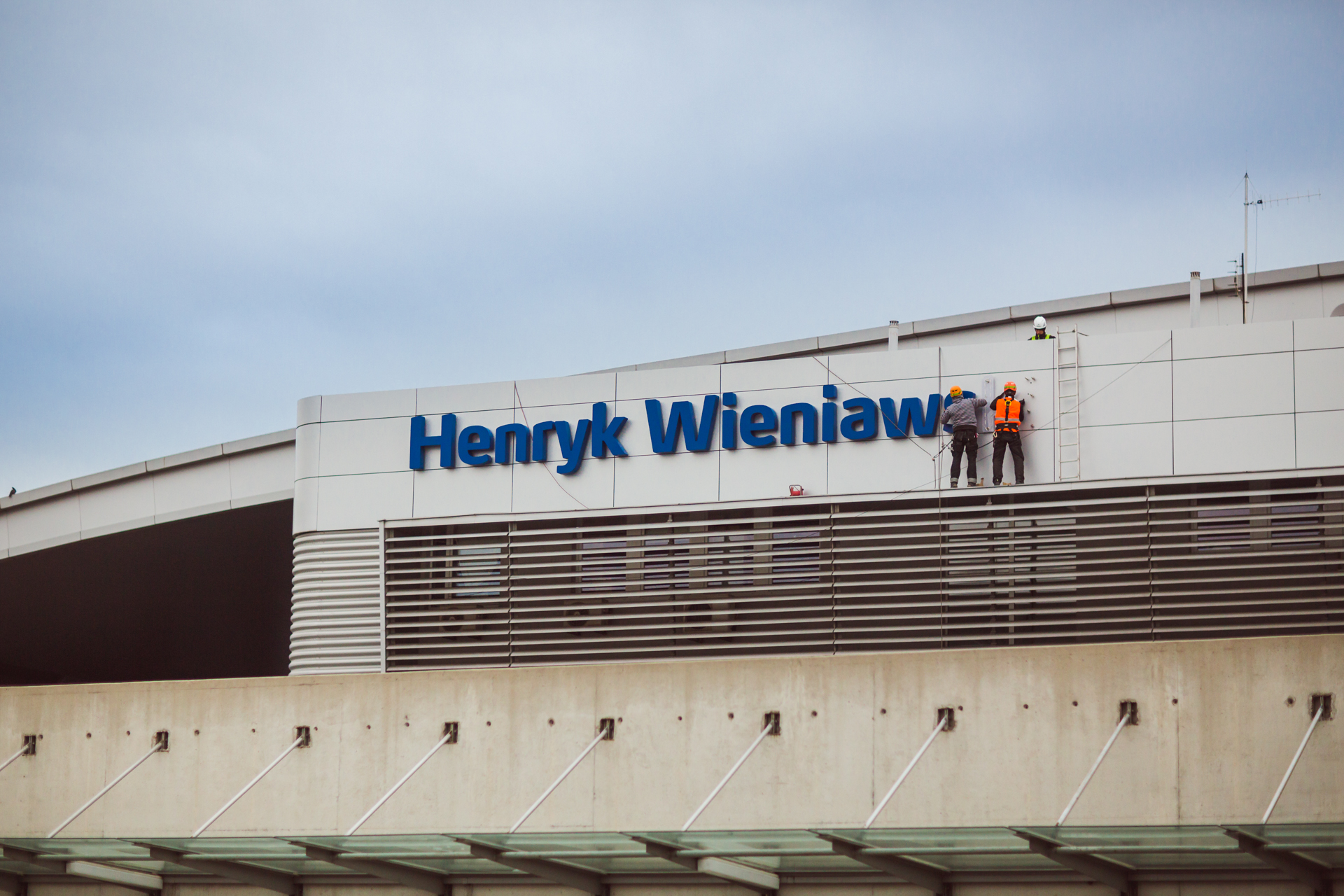 Neon with the name of the Patron - The Henryk Wieniawski Airport in Poznań (07.10.2016)