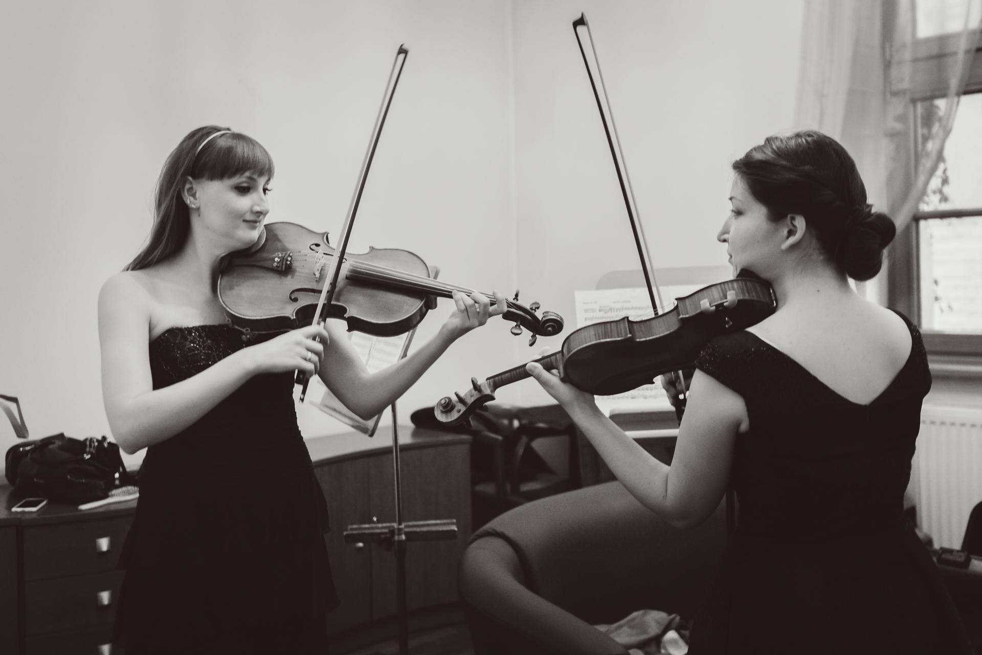 RR Studio. Hanna Asieieva (Ukraina), Katarzyna Budnik-Gałązka - altowiolistka