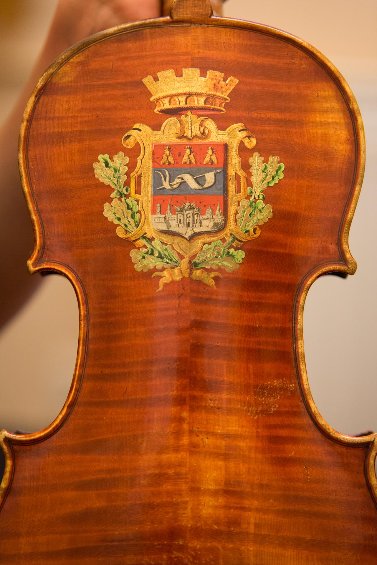 RR Studio. Skrzypce Amelii Maszońskiej: Joseph Hel 1882.